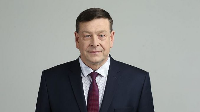 Vyriski dydziai Paul narys Reiskia didinti nariu liaudies gynimo priemones